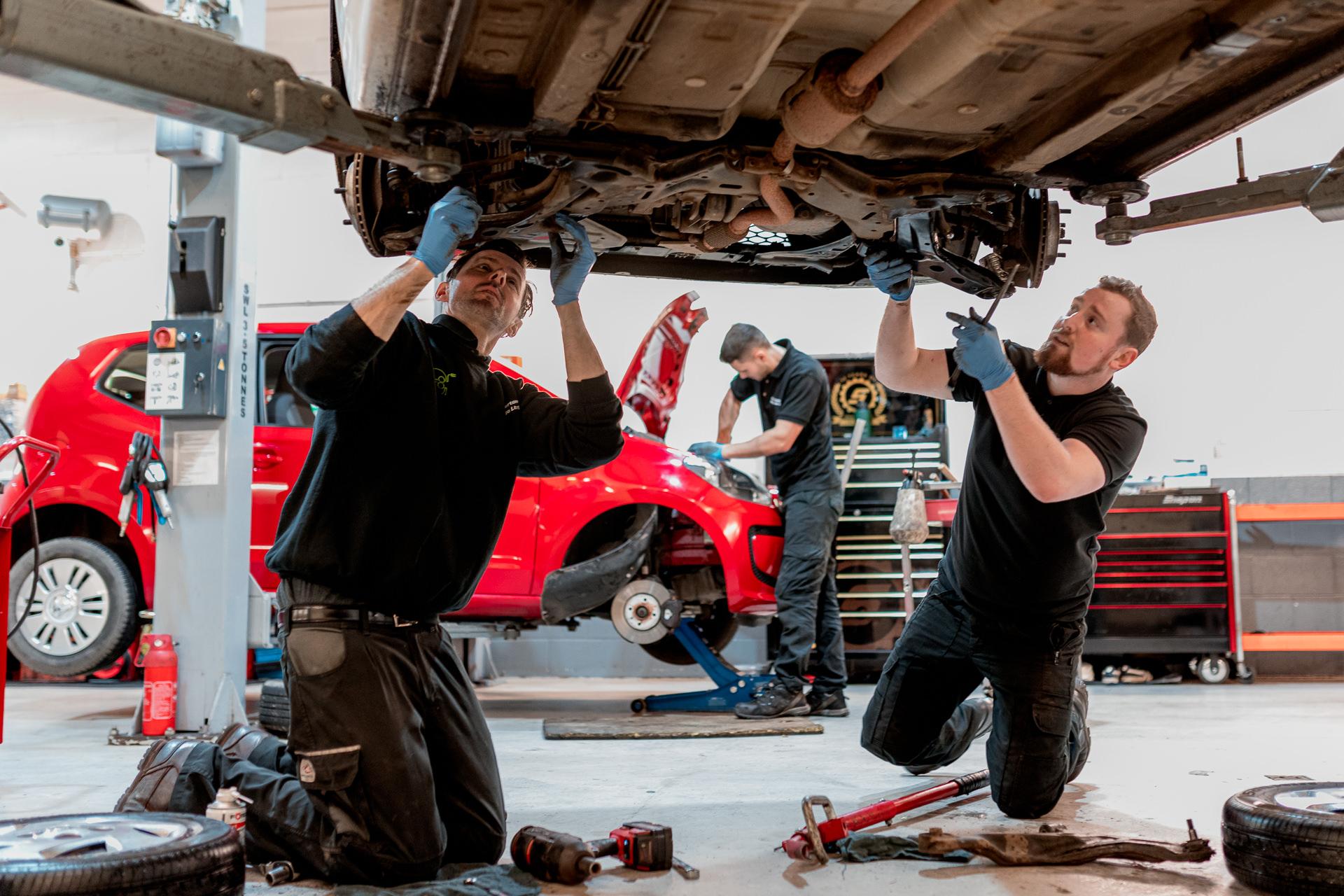 Vehicle Repairs | Car Parts - Summertown Garage